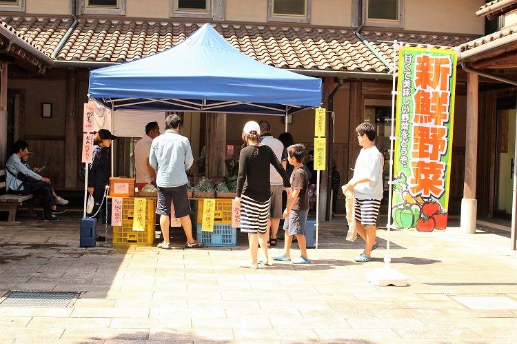 月一開催の北山野菜市も開催中です。